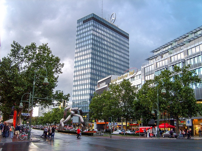 "Rzeźba ""Berlin"" i Europa-Center, Berlin"